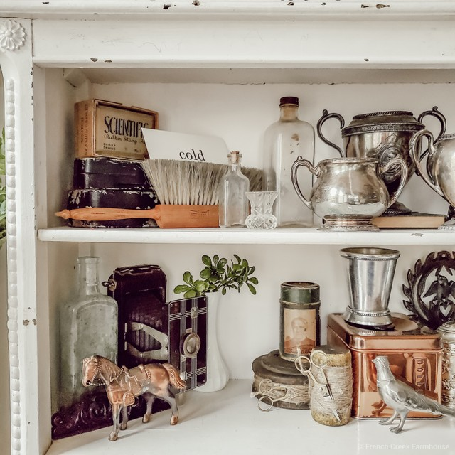 How to Style a Bookcase…against the rules