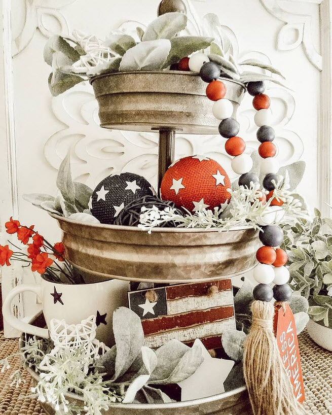 Galvanized 3-tier tray for 4th of July
